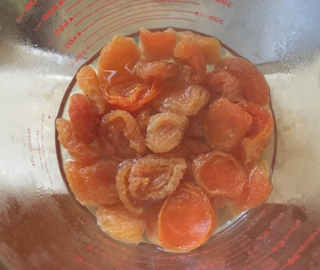 soak apricots in boiling water