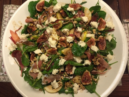 fig, pear, prosciutto and gorgonzola salad