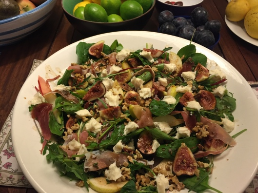fig, pear, prosciutto and gorgonzola salad