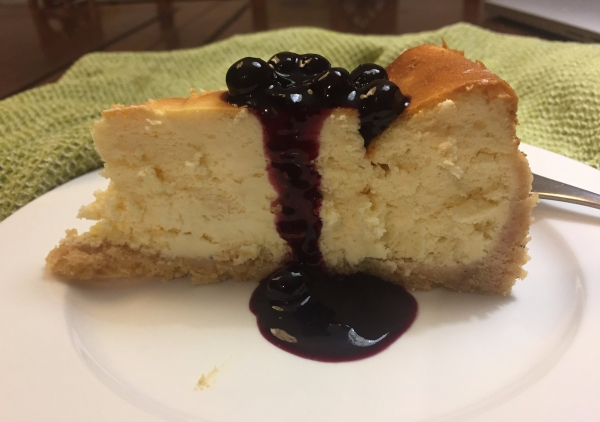 cheesecake with blueberry compote