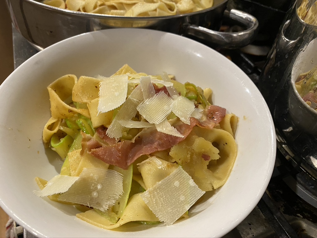 finished pasta dish in bowl